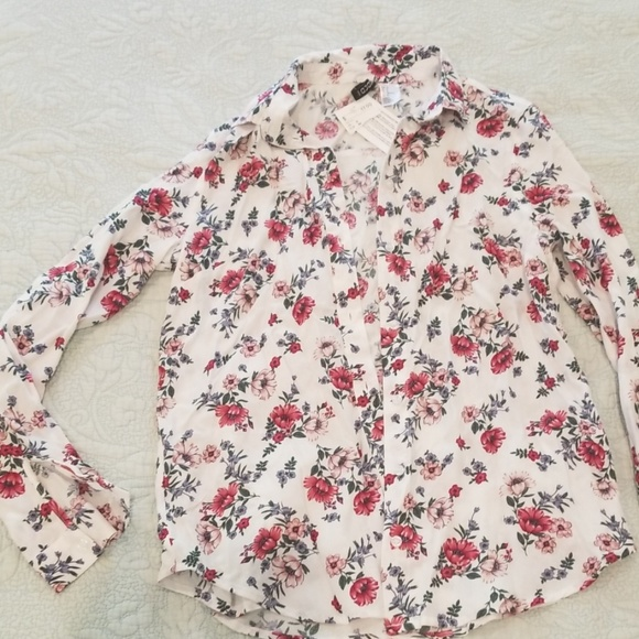 H&M Tops - H&M Floral Blouse NWT 0